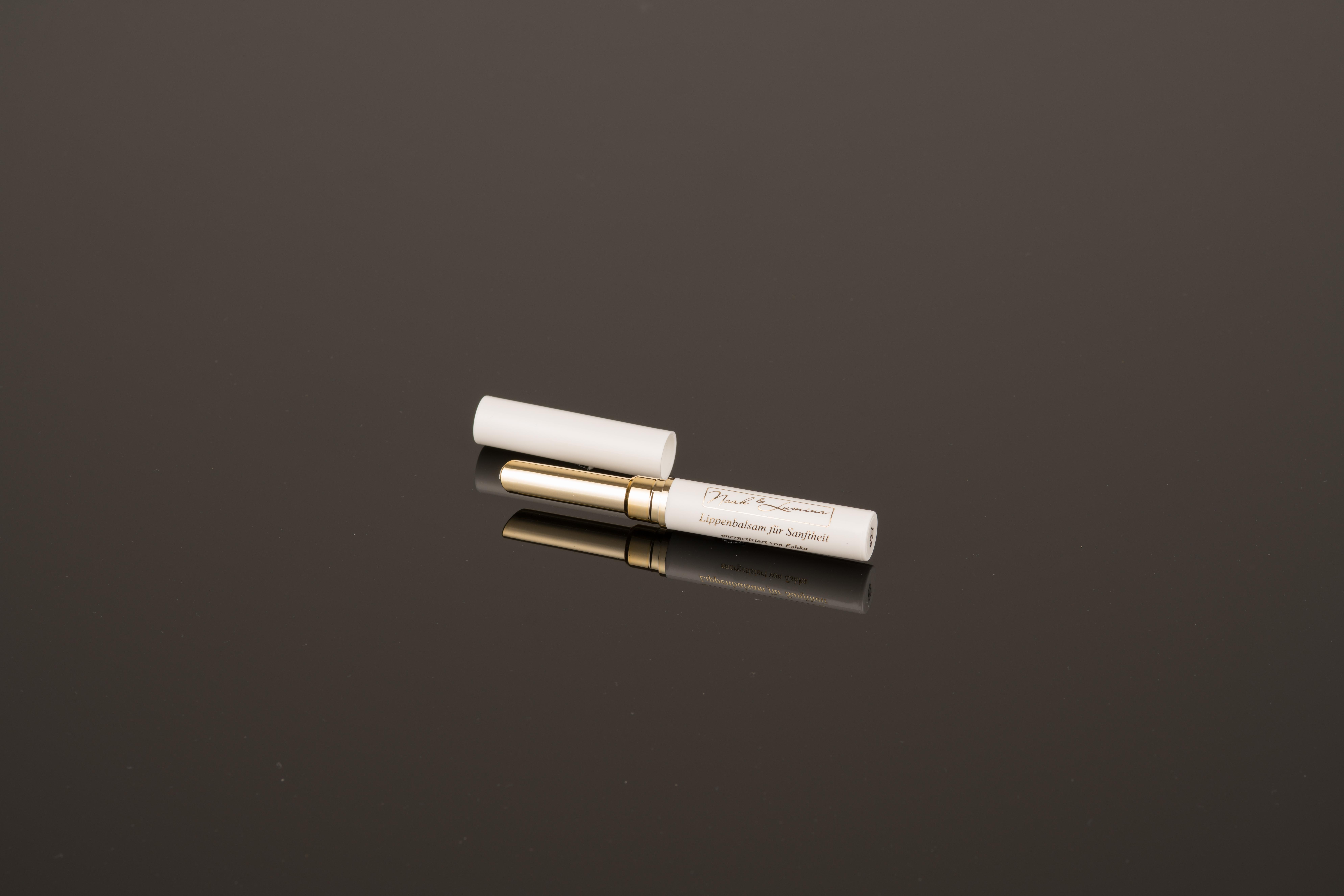 Noah & Lumina Lichtkosmetik Lippenbalsam für Sanftheit